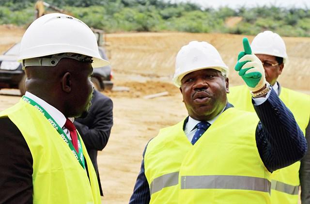 Economie 2016: le Gabon porté par la vision de Bongo et d'Accrombessi