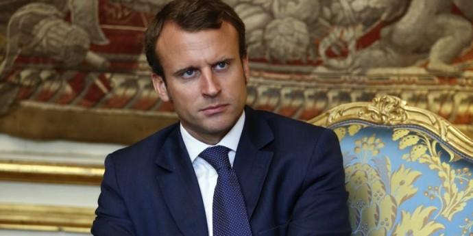 Le Ministre de l'Economie français harcelé par une gabonaise