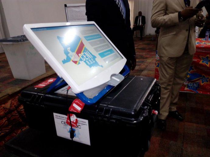 La machine à voter sème le trouble en RDC (et en Corée du Sud)