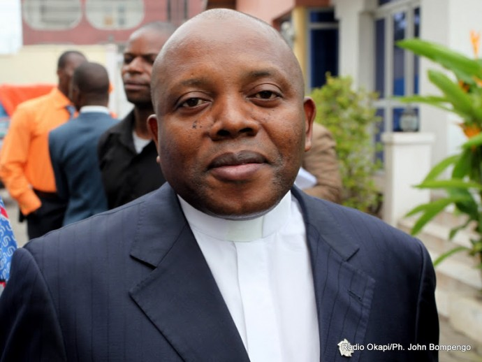 """RDC : démission de l'abbé Malumalu, président de la Céni pour des """"raisons de santé"""""""