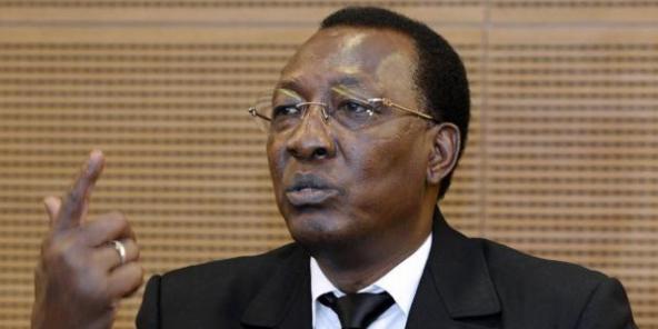 Idriss Déby rempile officiellement