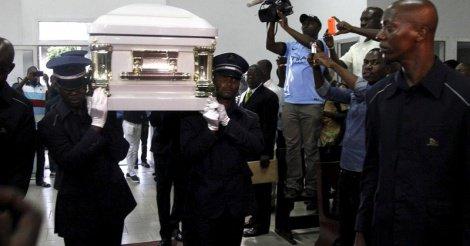 Obsèques en grandes pompes pour Papa Wemba