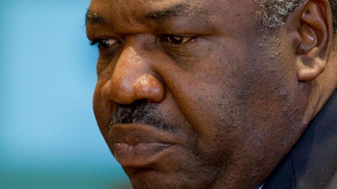 Gabon : emprisonnement de 2 journalistes pour outrage au président