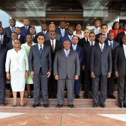 Gabon : un nouveau gouvernement pour les législatives