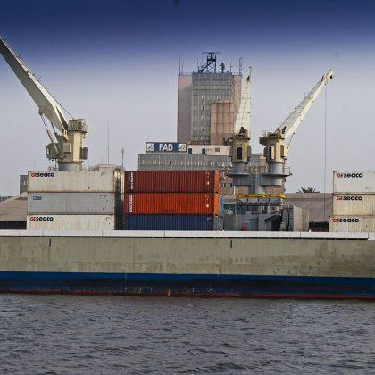 La fin de l'hégémonie Bolloré au port de Douala