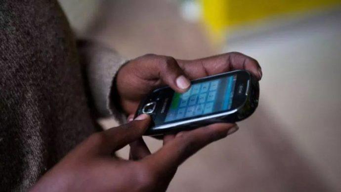 Le Tchad réduit les droits d'accise sur les télécommunications pour renforcer Internet