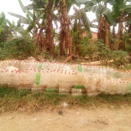 Les Camerounais innovent pour lutter contre la pollution plastique