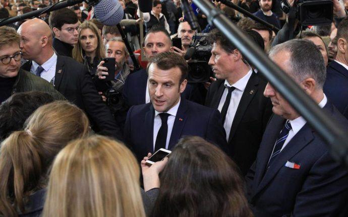 Emmanuel Macron indique que des violations des droits « intolérables » se produisent au