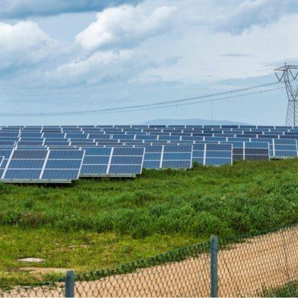 L'Angola explore les « mini-réseaux verts » avec l'aide de la Banque Africaine de Développement