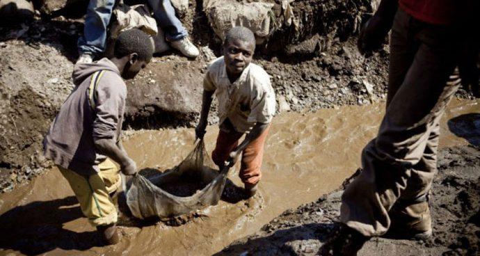 Le travail des enfants renforcé dans les mines de diamants centrafricaines du fait de la pandémie
