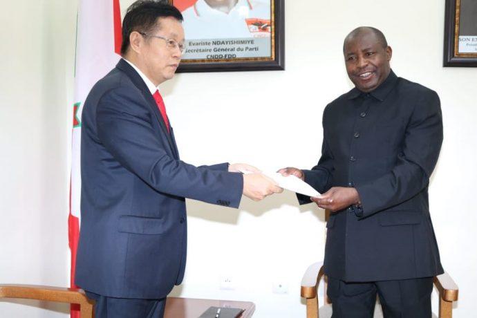 La Chine se dit prête à approfondir sa coopération agricole avec le Burundi