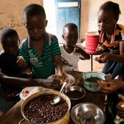 Une situation de faim aiguë accentuée par les conflits et le COVID-19 en RDC