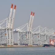 Un Groupe canado-camerounais remporte le contrat de construction du terminal hydrocarbures du port de Kribi